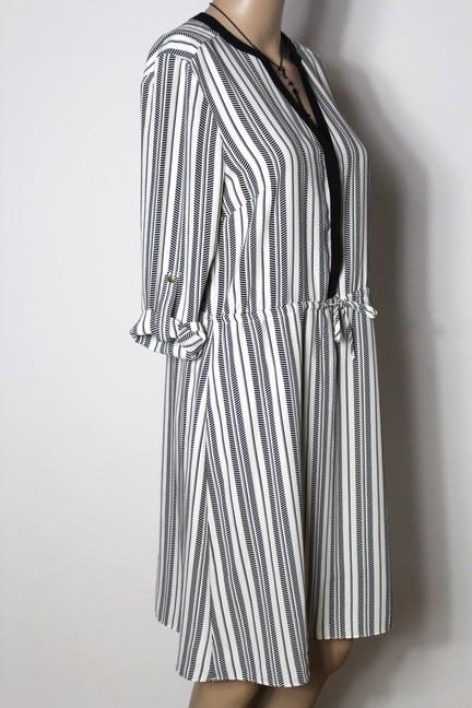 h m kleid gr 38 schwarz creme wei gestreift knielang 3 4 arm blusen kleid ebay. Black Bedroom Furniture Sets. Home Design Ideas