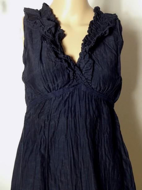 kleid gr s dunkel blau rmellos empire kleid mit spitze und r schen aus italien ebay. Black Bedroom Furniture Sets. Home Design Ideas
