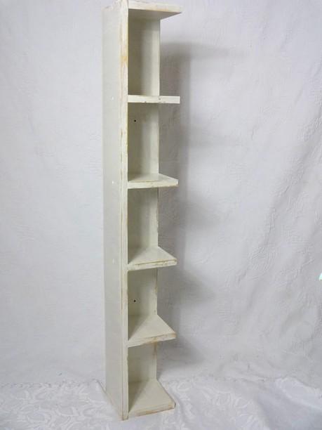 shabby eckregal standregal holz regal creme wei 50er jahre landhaus ebay. Black Bedroom Furniture Sets. Home Design Ideas
